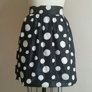 Alice + Olivia Blk Taffeta Skirt w embroidered dot